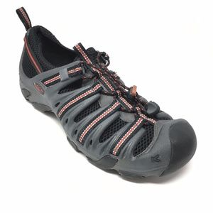 Men's Keen Hiking Shoes Loafers Size 9.5 US